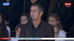 Vibrant hommage en chanson de Julien Clerc à