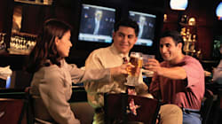 Fed Up Of Drunk, Misbehaving Passengers, Airlines In India Ask Govt To Ban Alcohol At