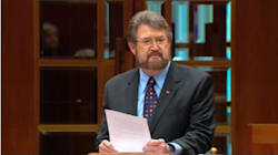 Derryn Hinch Uses Parliamentary Privilege To Name