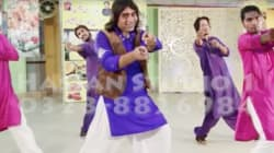 You'll Never Look At 'Mehendi Laga Ke Rakhna' The Same Way Again Once You See This Pakistani
