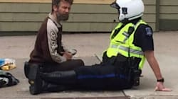 This Photo Of A Police Officer With A Beggar Is Going Viral For All The Right