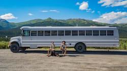 Ils transforment un autobus pour partir à