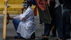 Doctores venezolanos salen a las calles a protestar por crisis