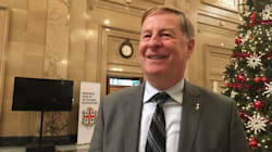 Les 750 cols bleus de Laval obtiennent 13% d'augmentations sur six