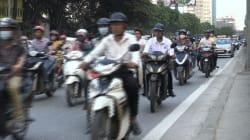 Les mobylettes et motos seront interdites d'ici 2030 à Hanoï au