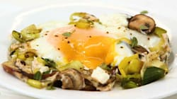 Watch: How To Make Baked Eggs With Mushroom And