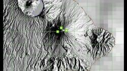 Ces relevés scientifiques montrent l'éruption imminente du volcan à