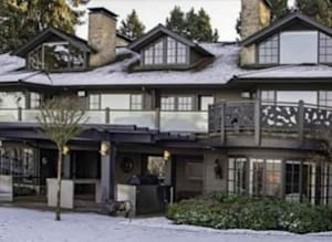 Students Own Over $57M Worth Of Ritzy Vancouver Real Estate: Study