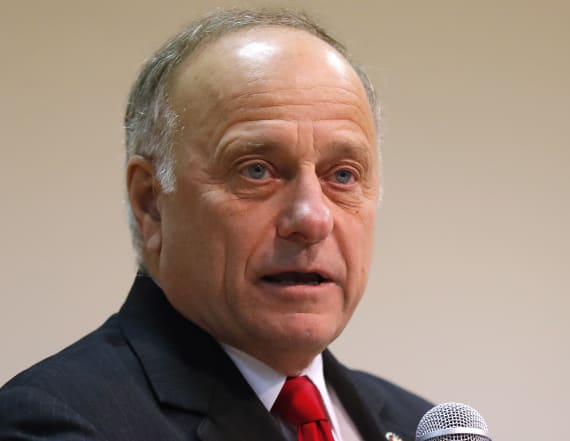 Man arrested for throwing water on Rep. Steve King