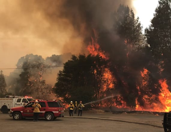 Calif. wildfire threatens to cut off rural community