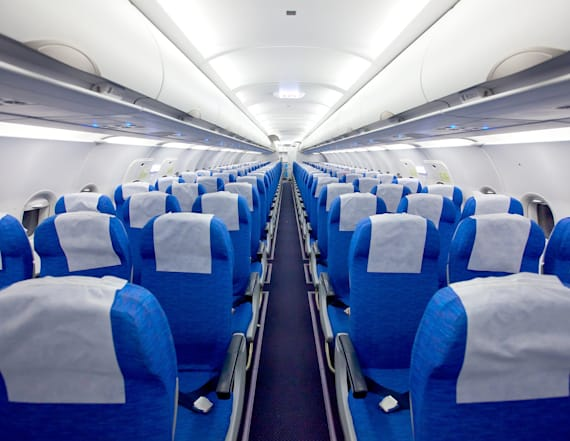 Flight attendant reveals the best seat on a plane