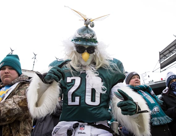 Philadelphia prepares for riots after Eagles' game