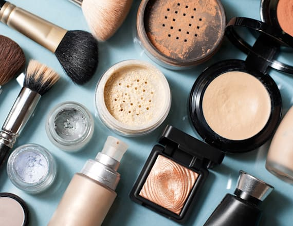 Asbestos in makeup prompts Justice to pull product