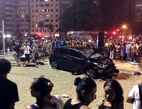 Car plows through beachgoers in Copacabana