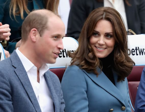 Kate makes surprise appearance in London