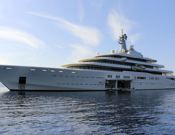 Putin ally docks $400M yacht ahead of Trump arrival