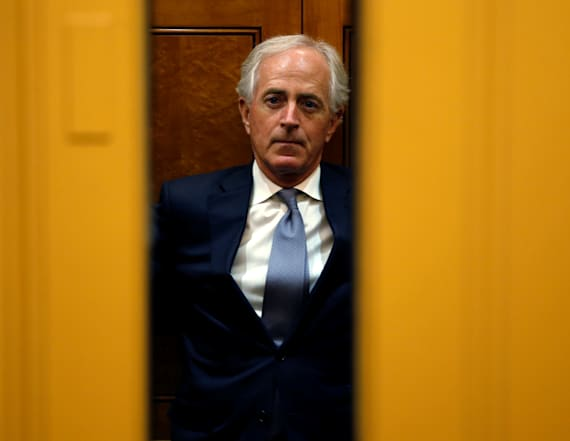 Corker expects Trump will pull out of Iran deal
