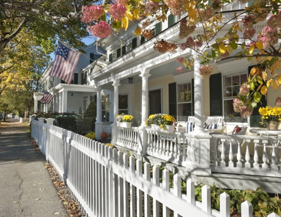 The prettiest small towns in New England are ...