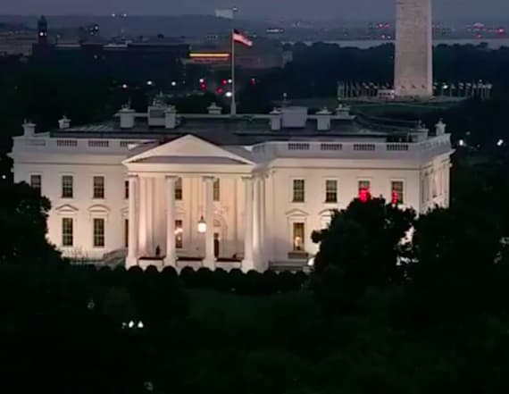 Internet buzzing about mystery lights in White House