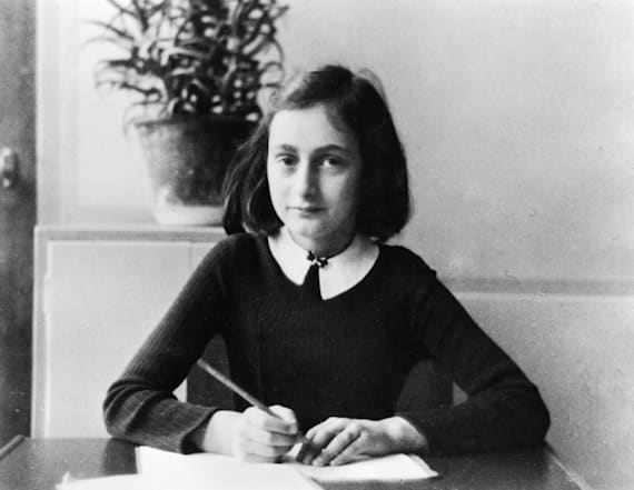 Store removes Anne Frank Halloween costume