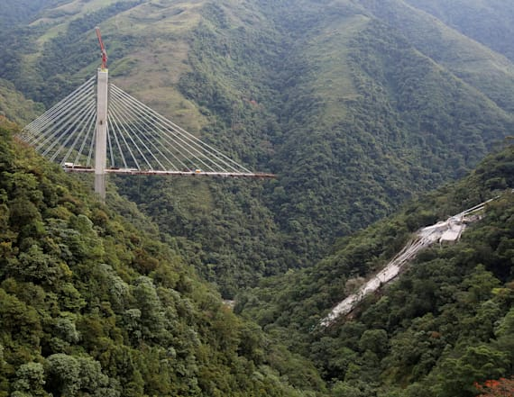 Several killed in Colombian bridge collapse