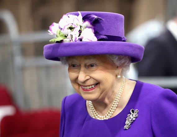Queen's holiday gift to her staff revealed