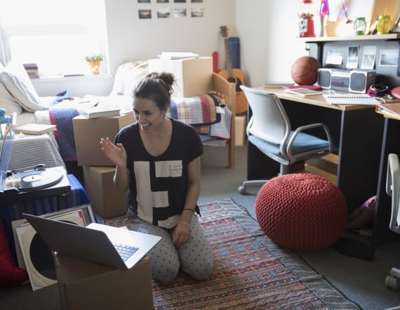 Study: Students spent $5.9B furnishing college dorms