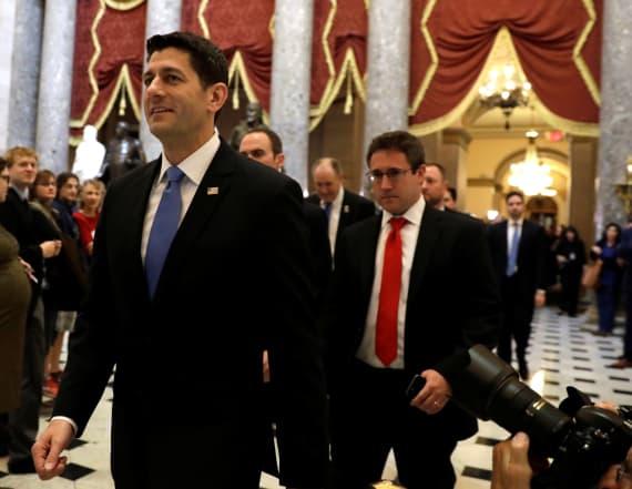 Senators urge delay on health care bill vote