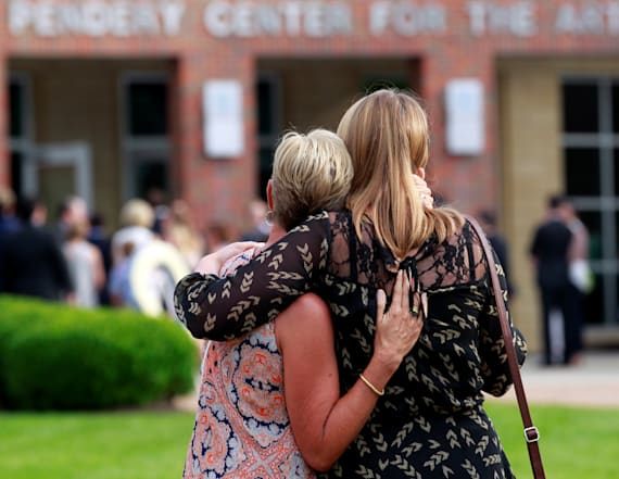 Thousands gather to mourn US student Otto Warmbier