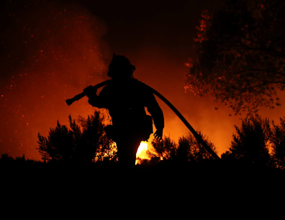 High winds to hamper California firefighters