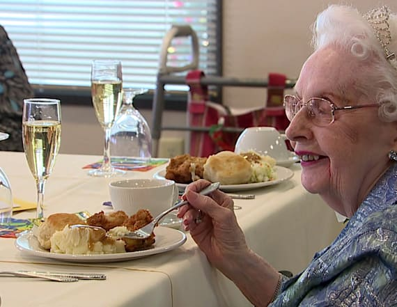 Woman celebrates turning 100 with KFC