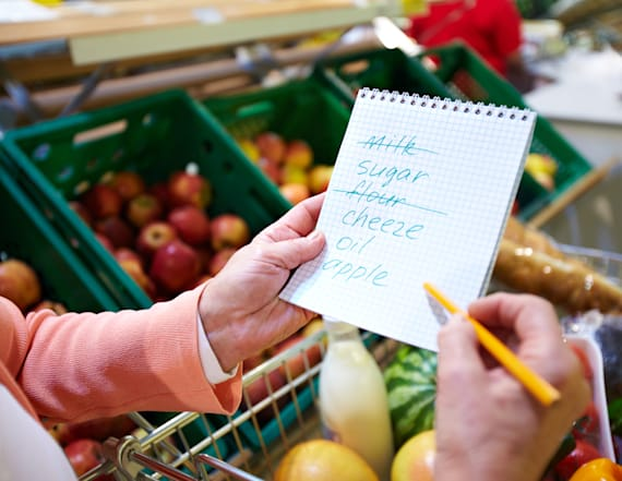 Mom of 5 tells us how to cut grocery bill in half