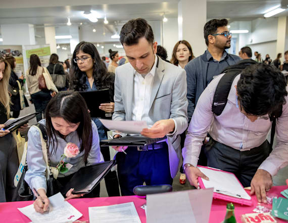 US weekly jobless claims fall to lowest since 1969