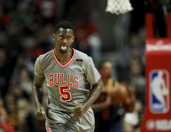 Bulls suspend Portis after he punches teammate