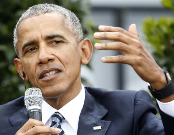 Report: Dems upset with Obama's vacations