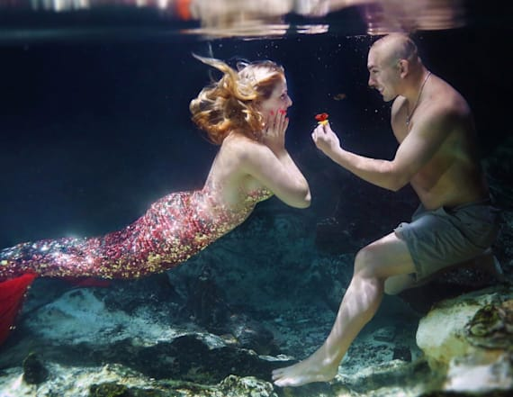 Man proposes with mermaid-themed water photo shoot
