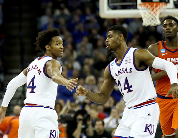 Kansas heads to Elite Eight after win over Clemson