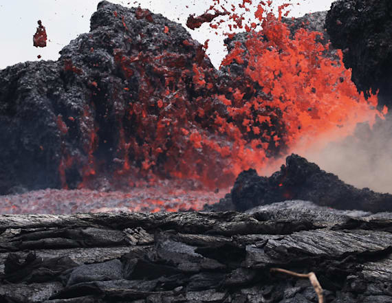 Hawaii volcano explosions shoot ash to 11,000 feet