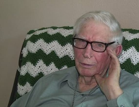 World War II veteran's medals stolen