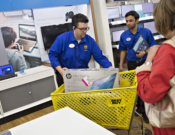 9 shocking confessions from Black Friday workers