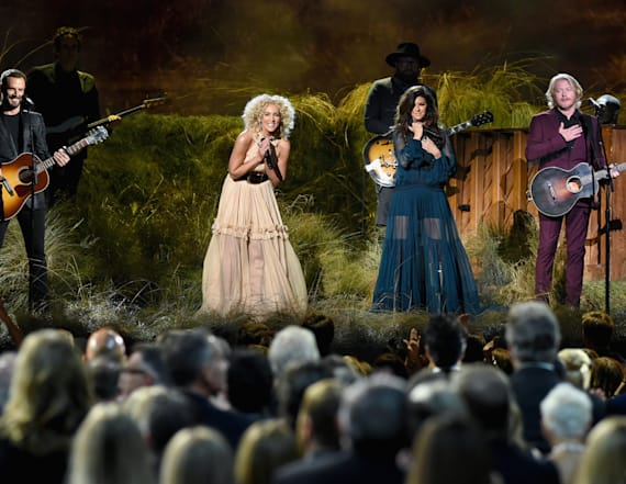Little Big Town performs 'Better Man' at CMAs