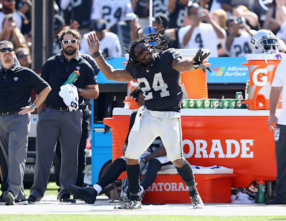 Players irked by Marshawn Lynch's celebratory dance