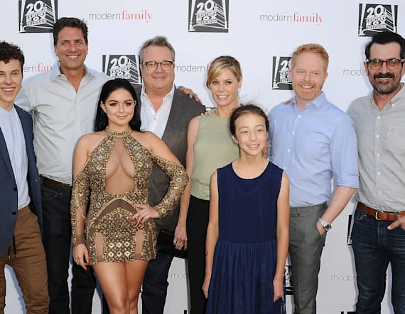 'Modern Family' kids set two-season deal