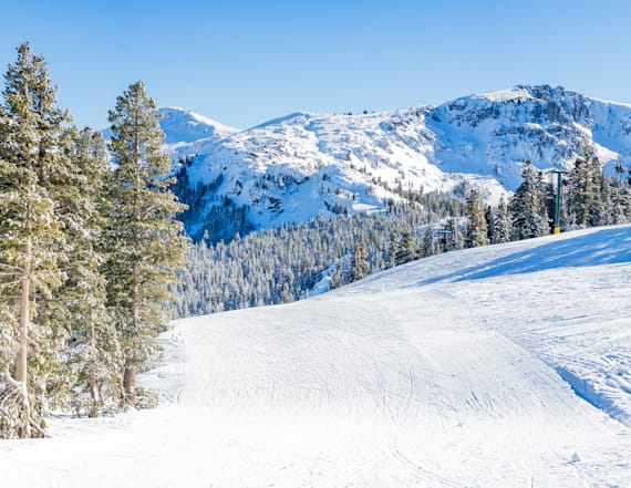 Snowboarder dies in crash at Tahoe resort
