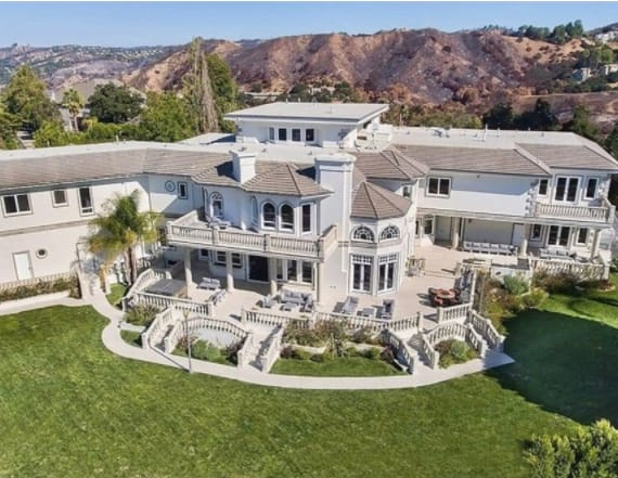 20-year-old YouTube star buys $6.9M mansion