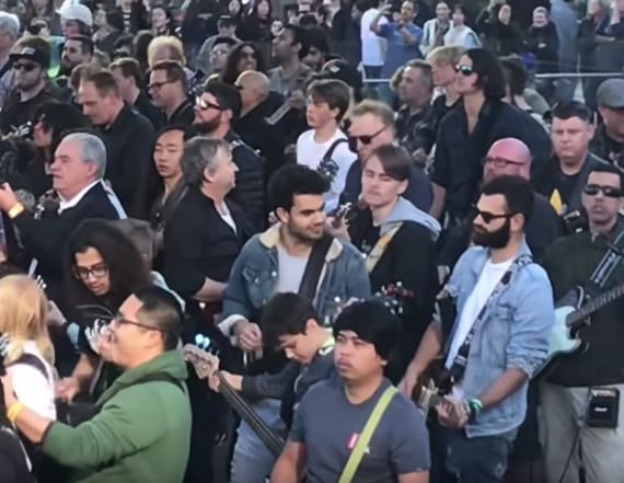 450 guitarists break world record with AC/DC