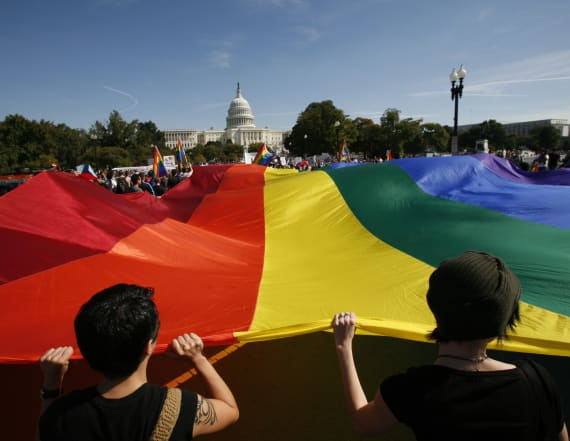 Pentagon assesses readiness for transgender hires