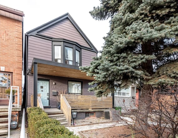 Meghan Markle's former Toronto rental for sale