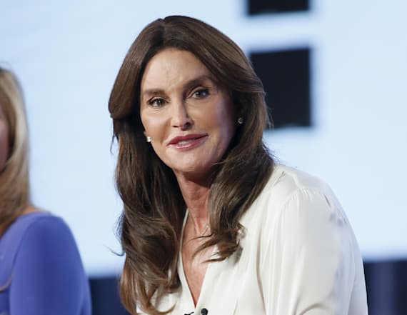 Caitlyn Jenner makes unexpected visit to the WH