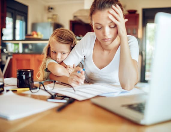 Study: Working moms clock nearly 98 hours per week